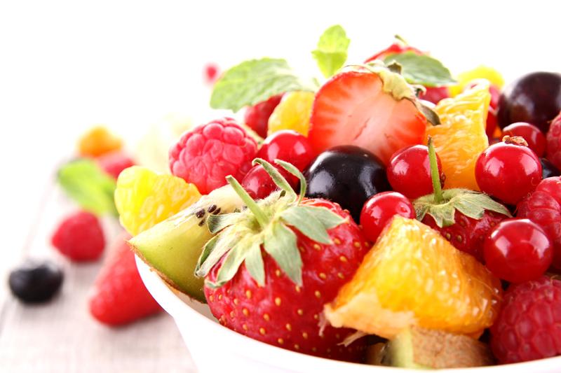 Des salades de fruits jolies jolies observatoire des aliments observatoire des aliments - Coupe de salade de fruits ...